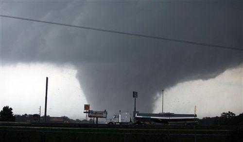 Tuscaloosa-tornado-08fa4d0680180ed6